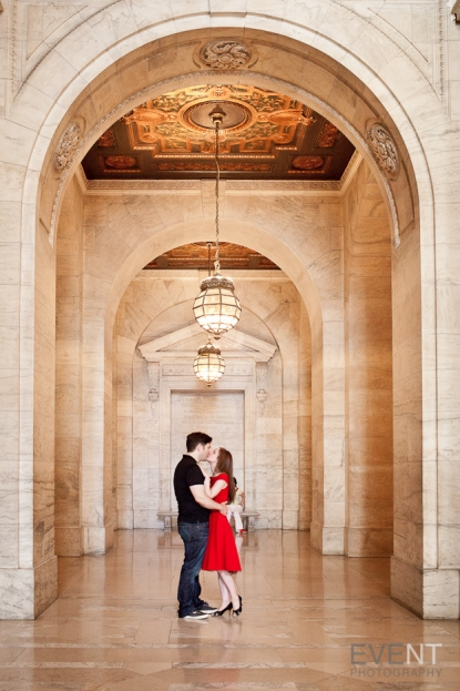 Dan & Isabel engagement session at the New York Public Library in Manhattan, New York. By Vermont and destination wedding photographers at Eve Event Photography.